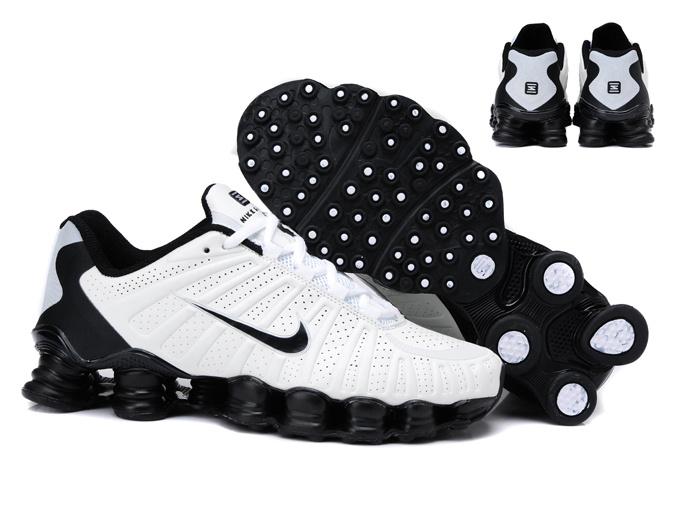 Nike Shox Rivalry Noir Et Blanc